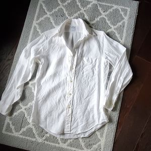Brooks Brothers slim fit button down shirt/bouse!